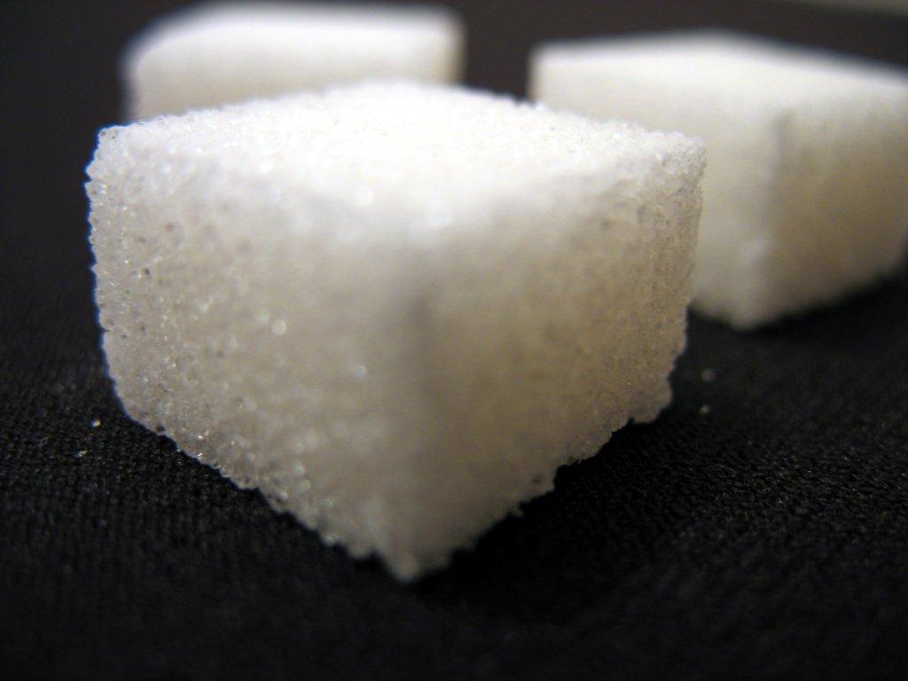 kak-hranit-sahar-2-min хранить сахар Сахар kak hranit sahar 2 min
