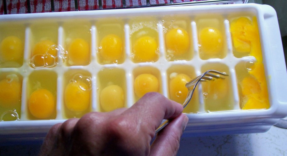 можно ли есть замороженные яйца  Заморозка куриных яиц как способ хранения zamorozka yaits 2